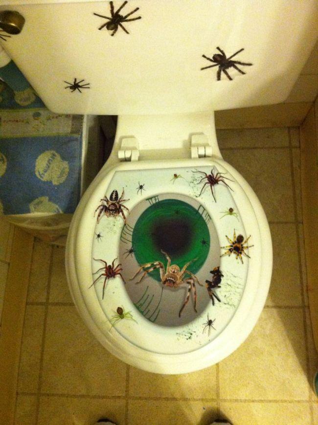 Arachnophobia Spider Toilet Topper