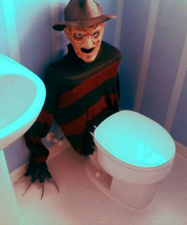 Creepy Freddy Krueger Toilet Tank Cover_5