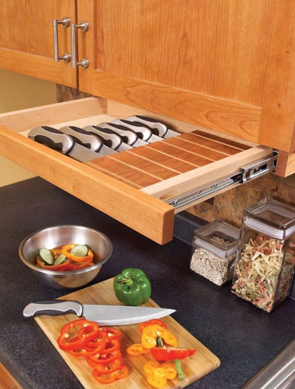 The under cabinet drawer for knives_2