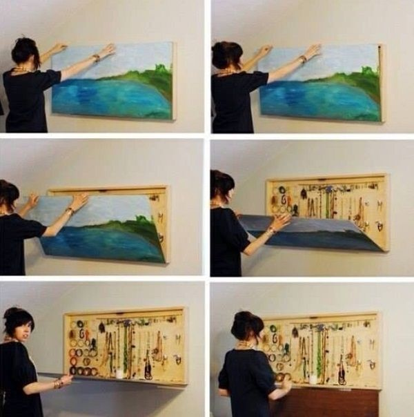 jewellery hideout behind your favorite painting_8