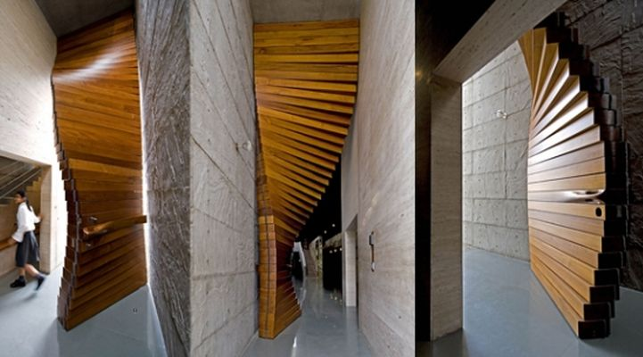 The wooden teak curtain in India_7