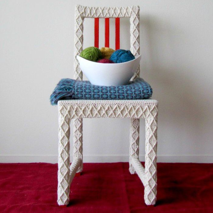 Chair in a white knitted cover_7