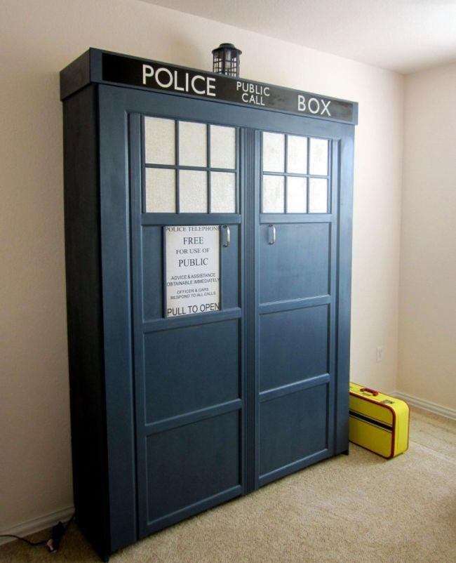 DIY TARDIS Murphy Bed by Stubbs_1