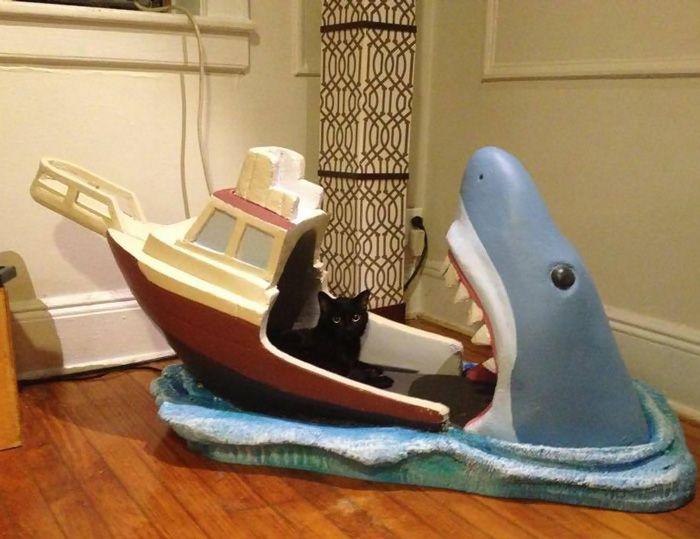 Jaws Baby bed by Joseph Reginella_8