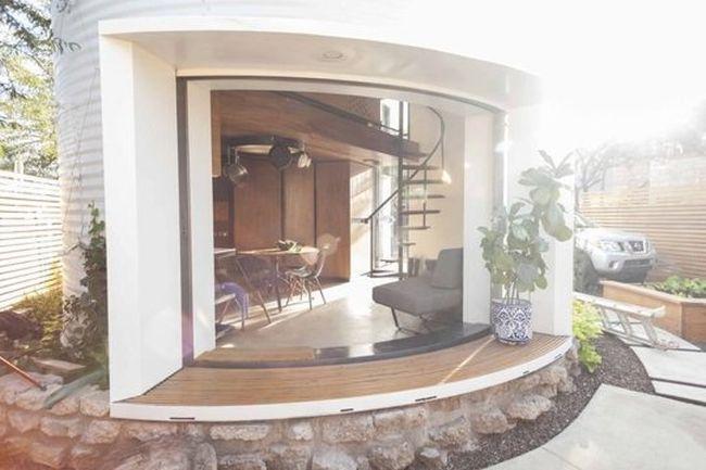 Christoph Kaiser designs his home from a grain silo_2