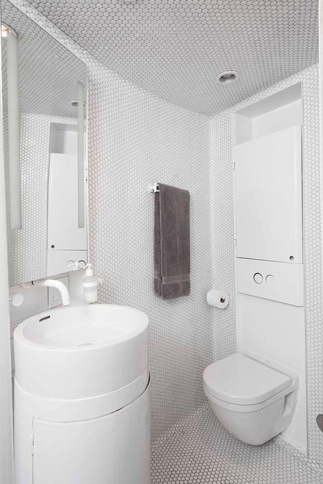 Christoph Kaiser designs his home from a grain silo_5