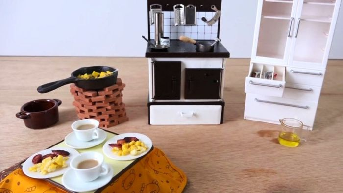 Cook real dishes with a miniature cooking set_1