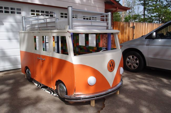 Volkswagen Bus Bed by Redditor 'inexplorata'_1