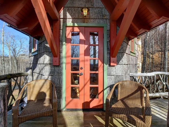 Three-story castle Hobbit House is 850 square feet_3