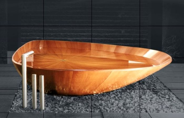 Shell Bathtub