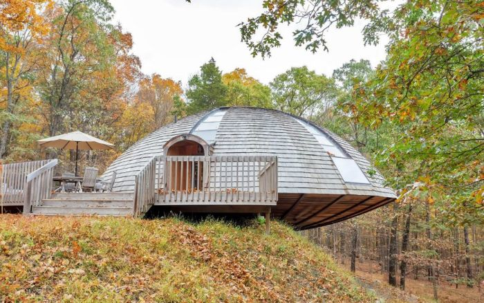 UFO shaped home by Domespace_3