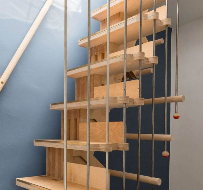 Stairs made of interlocking parts_3