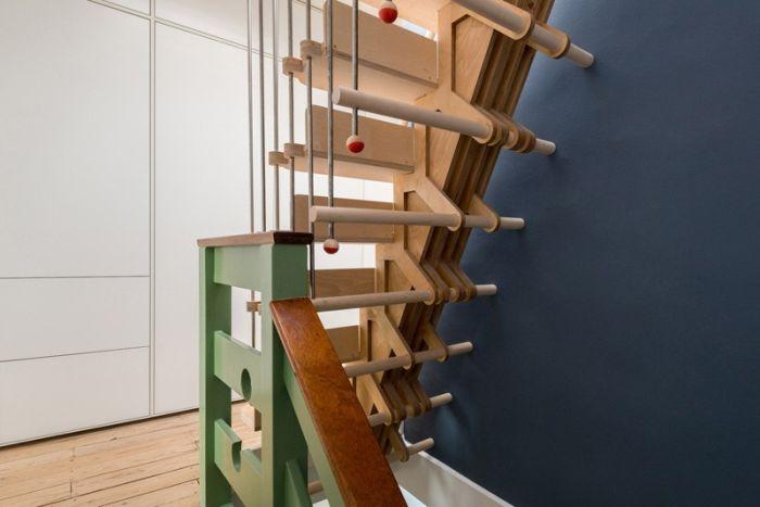 Stairs made of interlocking parts_4