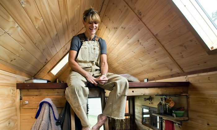 dee williams inside her tiny house