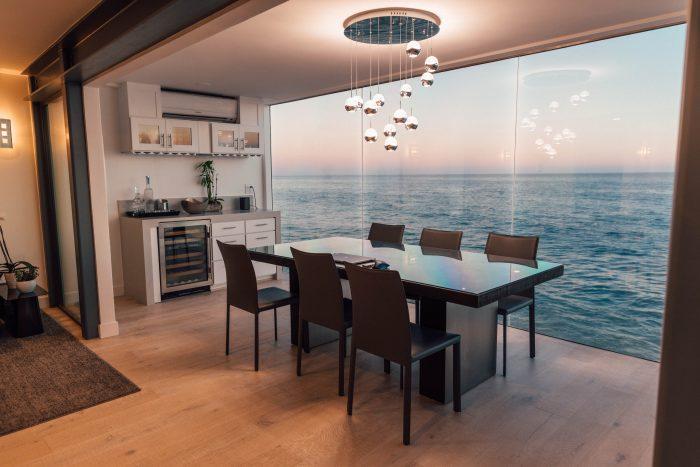 light in dining room